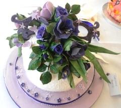 Dame Edna inspired cake